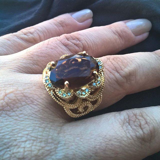 anel de pedra whisky folheado em ouro 18k