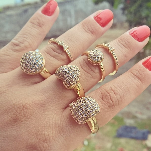 anel solitário zirconia folheado em ouro 18k