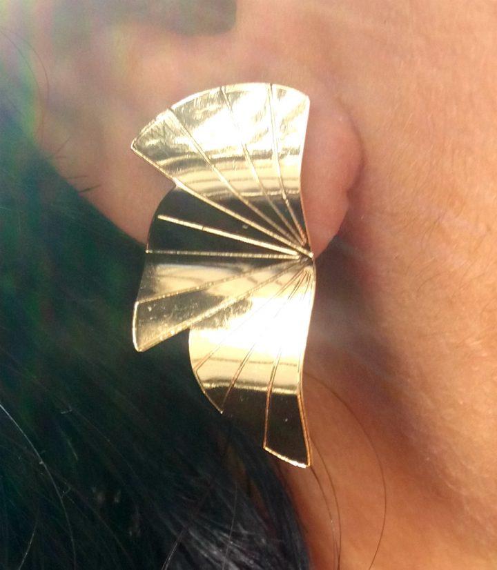 brinco ear cuff folheado em ouro