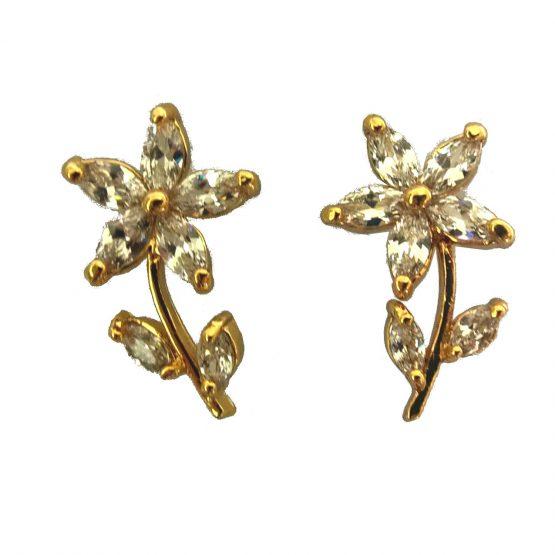 Brinco Flor com Zircônias Brancas Folheado em Ouro 18k