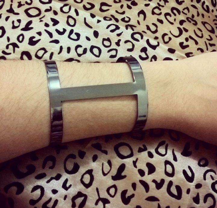 Bracelete Feminino Vazado Folheado em Ródio Negro