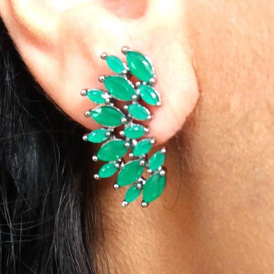 Brinco Ear Cuff Com Pedra Natural Verde Esmeralda Folheado em Ródio Negro