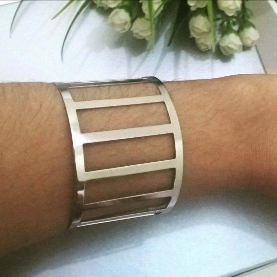 Bracelete Feminino Folheado Em Prata