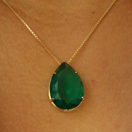 Colar com Pedra Verde Esmeralda Folheado em Ouro 18k