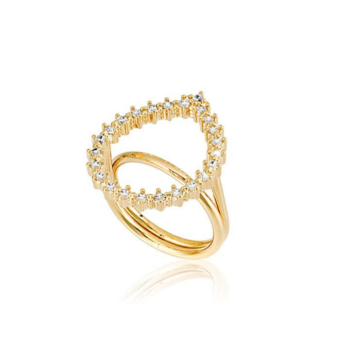 aneis grandes estão na moda