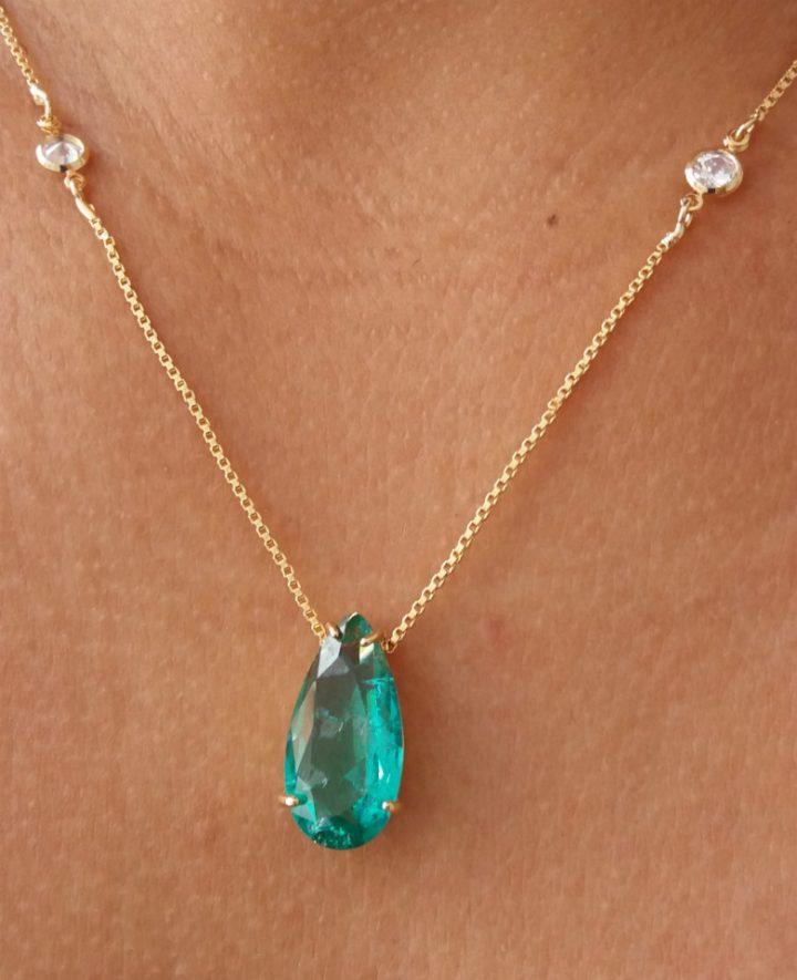 colar verde esmeralda réplica tiffany