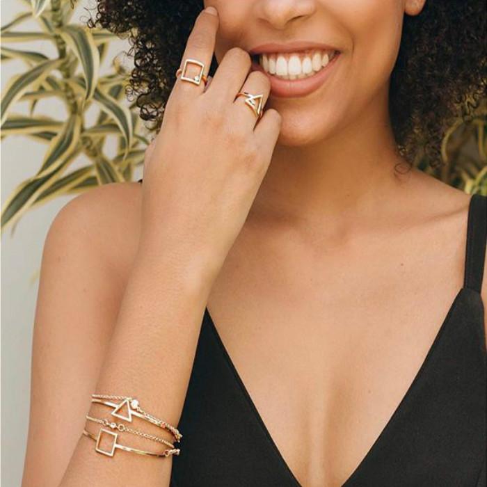 anel quadrado de ouro feminino