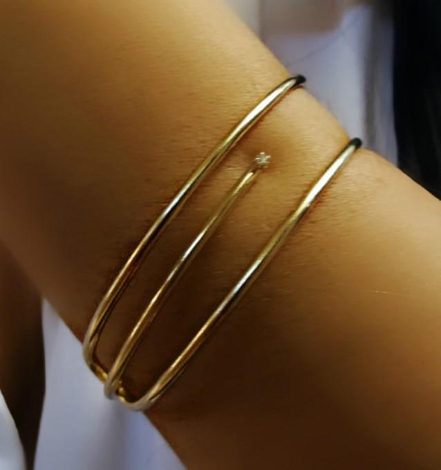 pulseira feminina folheada em ouro
