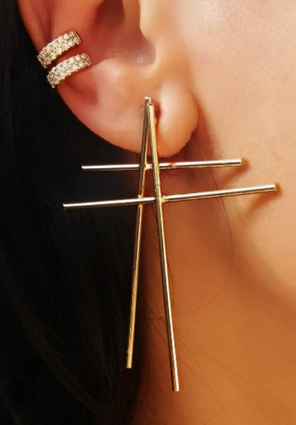 piercing de pressao orelha