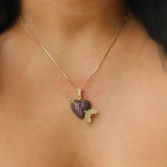 Colar com Pingente de Coração Cupido Folheado em Ouro 18k
